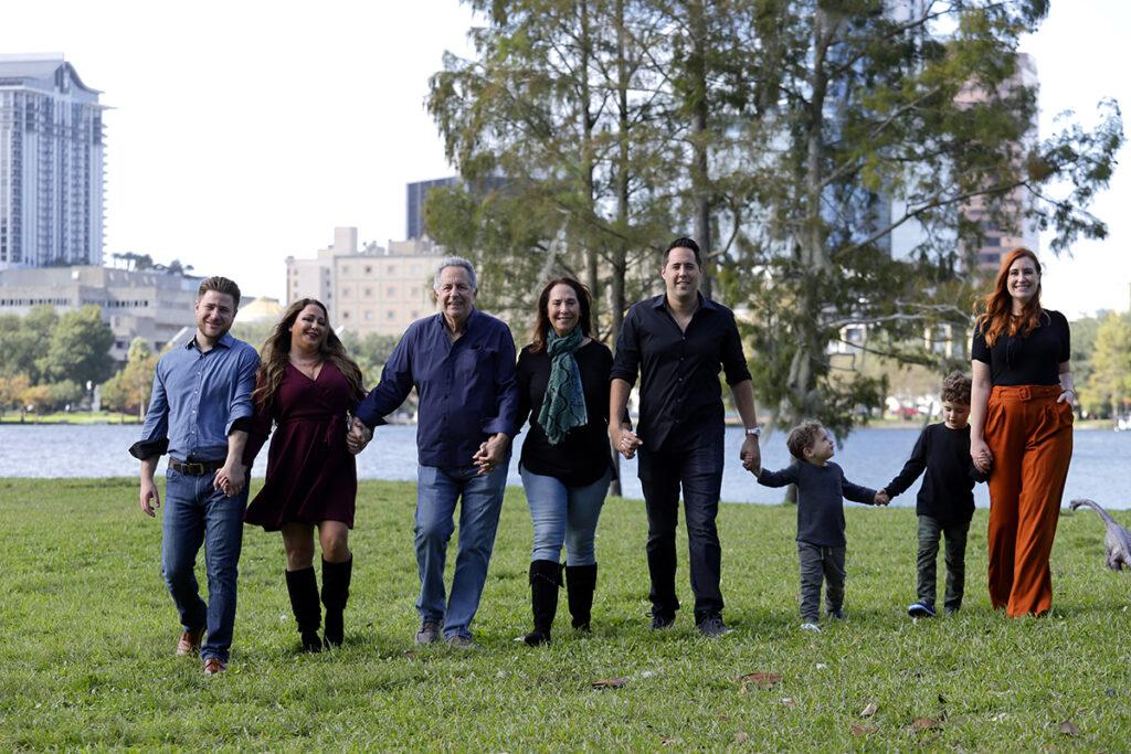 Advantages of outdoor family photos in Orlando Florida